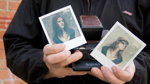Digitize her old photos.