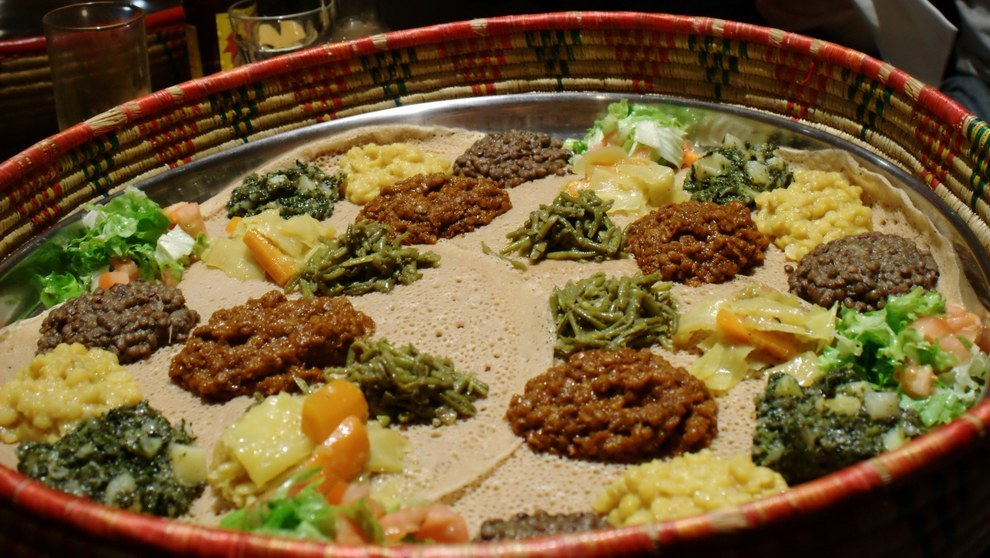 17 delicious ethiopian dishes all kinds of eaters can for Abyssinia ethiopian cuisine