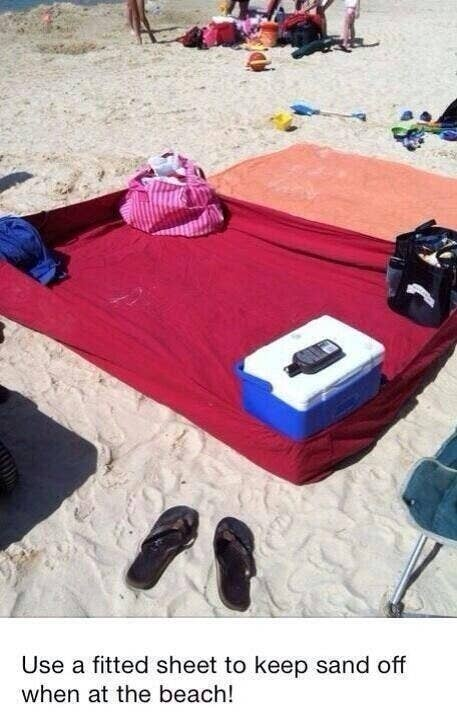 Use A Fitted Sheet On The Beach To Keep Sand Out