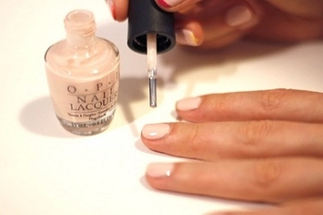 27 nail hacks for the perfect diy manicure solutioingenieria Gallery