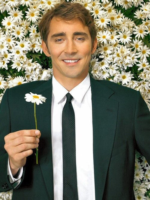 """My heart was stolen in 2007 when Lee Pace starred as a baker/detective with an odd """"superpower"""" (I guess, that's how to categorize it) in ABC's Pushing Daisies."""