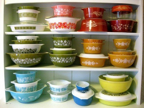 Easily Make A Small Profit On Vintage Pyrex.