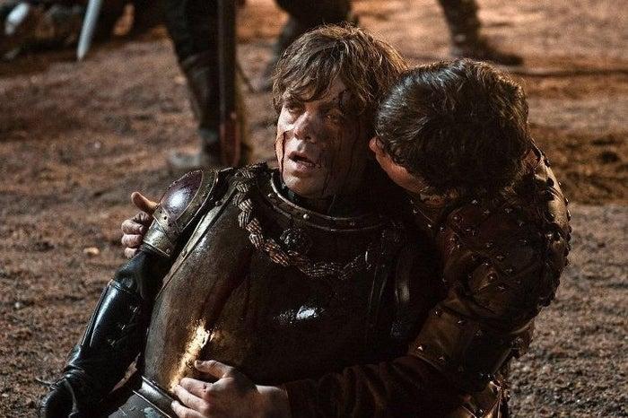 À ce moment-là, tous les impies (moi) qui n'avaient pas lu les livres pensaient que Tyrion était mort.