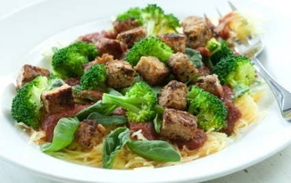 Broccoli and spinach are both high-protein vegetables, so why not eat them together? Recipe here.