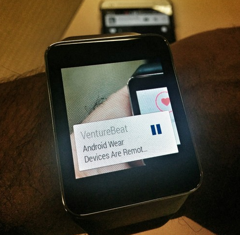 How Media Organizations Are Prepping To Bring The News To Your Wrist
