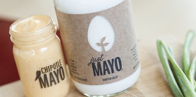 "Just Mayo from Hamton Creek, for example, is made with canola oil, water, lemon juice, white vinegar, and spices. & quot; It's delicious, & quot; says Gans, who, by the way, is not vegan. In February, a taste test from Serious Eats discovered that Just Mayo was more flavorful than authentic mayonnaise. Nonetheless, Gans warns that egg-free mayonnaise is still high in calories: ""Do not be fooled just because she is now vegan. Still it has 90 calories per tablespoon. & Quot; Other brands such as Earth Balance, Spectrum Naturals and Vegenaise also make alternative mayonnaises that do not contain eggs. And do not forget the natural creaminess of an avocado, hummus or a non-fat Greek yogurt if you want to reduce calories."