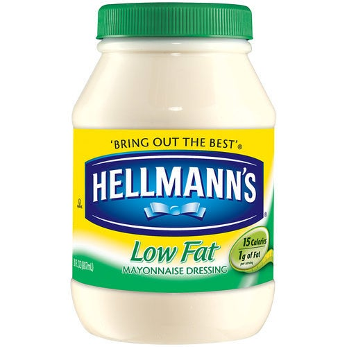 Although in a restaurant you can not decide to use a low fat version, if you can do it in your own home. Although many low-fat foods disguise the lack of flavor with sugar, low-fat mayonnaise is an exception. & quot; Low fat mayonnaise is really a healthy alternative & quot; says Gans, nothing like Hellman's low-fat version that has less than a gram of sugar per serving.