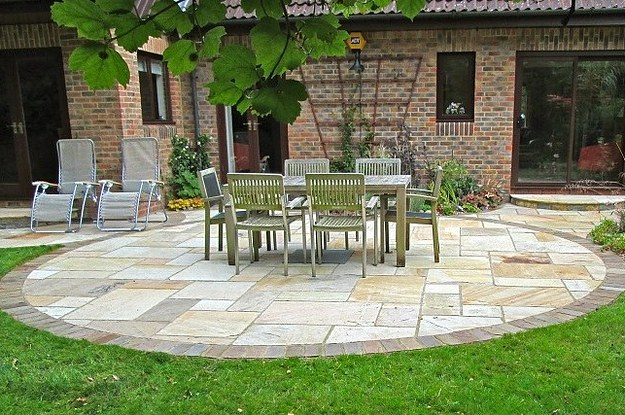 11 creative patio designs ideas for patio inspiration for Garden design reddit