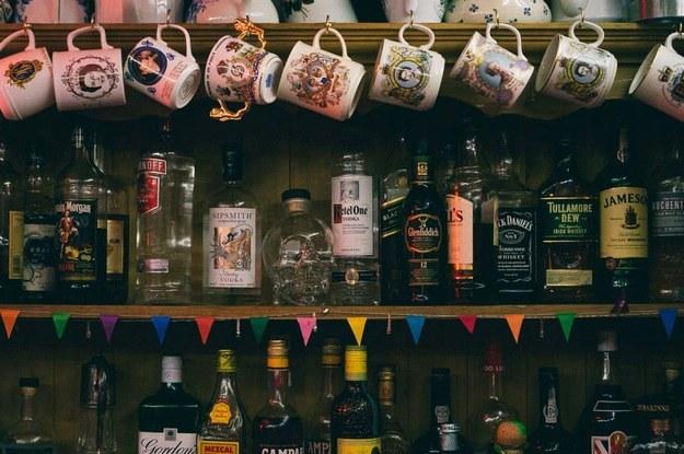 Little Nan's Bar : London, England