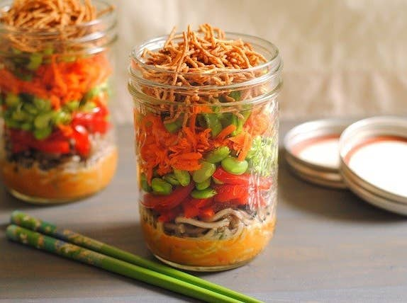 28 incredible meals you can make in a mason jar foxeslovelemons forumfinder Gallery