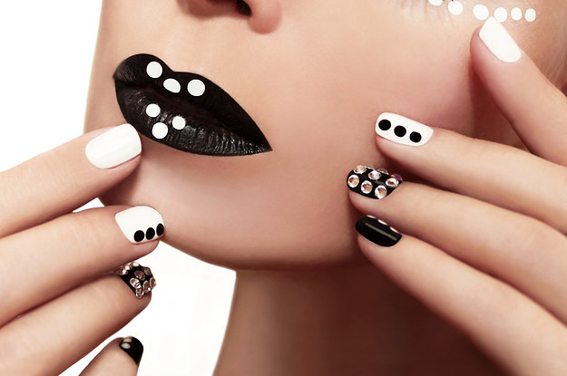21 encantadoras ideas para una manicura con uas cortas