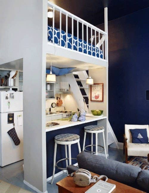 This Tiny House Utilizes High Ceilings To Free Up Floor Space Bonus You Can