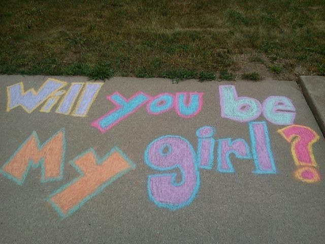 Cute creative ways to ask a girl out