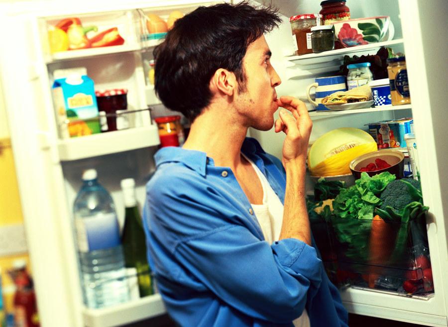 индивидуальных мужчина и холодильник картинки обычно сама