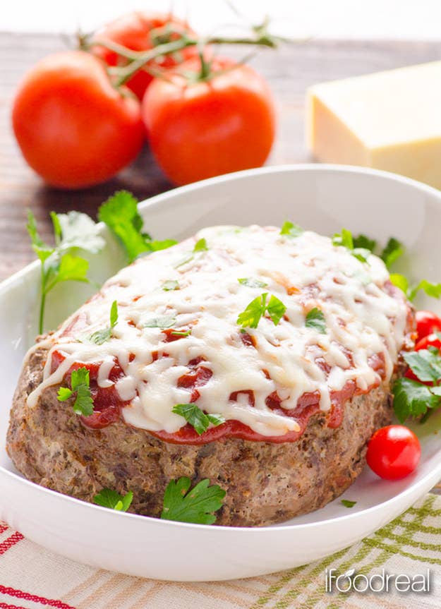Yes, you can make meatloaf in a slow cooker! Recipe here.