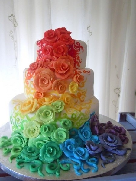 1. Show Your Pride With A Rainbow Cake.