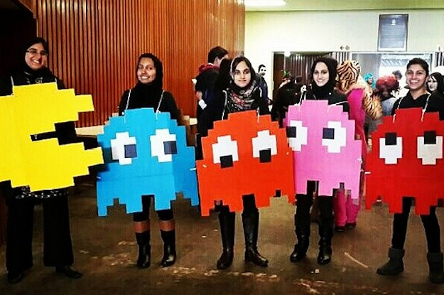 21 clever halloween costumes for lazy groups