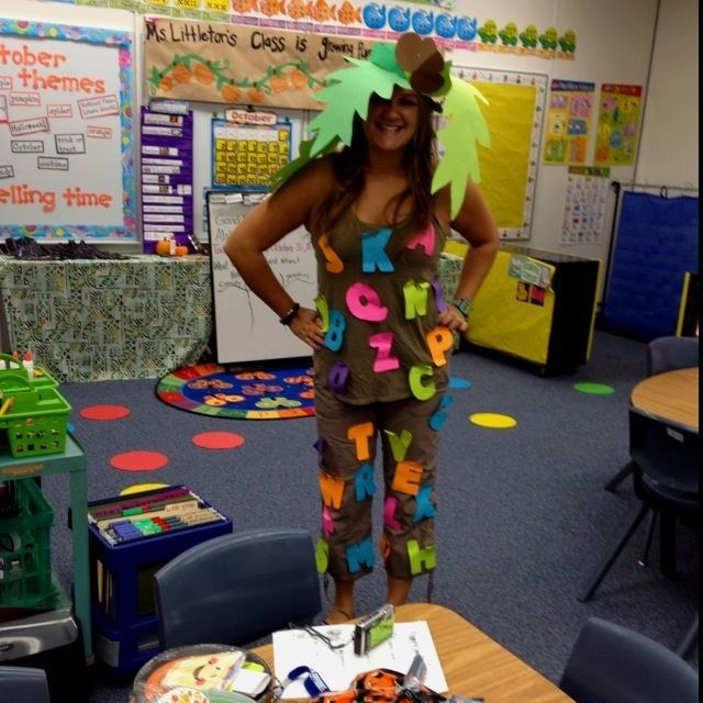 Chicka Chicka Happy Halloween! & 31 Amazing Teacher Halloween Costumes