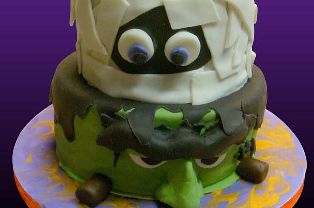 26 SpookyScary Halloween Cakes