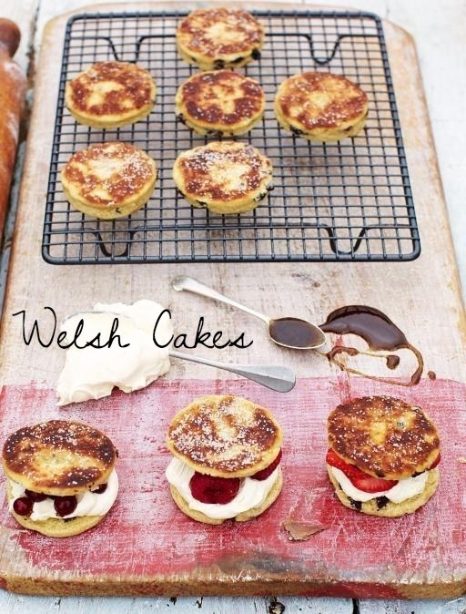 Betcha-can't-eat-just-one Welsh cakes.