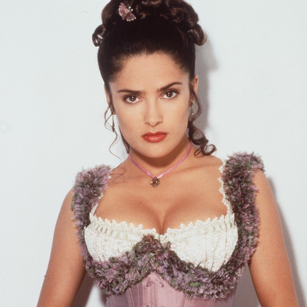 "22 Facts You Didn't Know About The Movie ""Selena"""