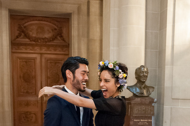 29 city hall weddings that prove less is more junglespirit Images