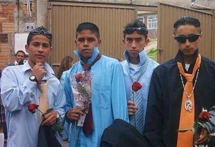 Estos cuatro elegantes caballeros románticos: