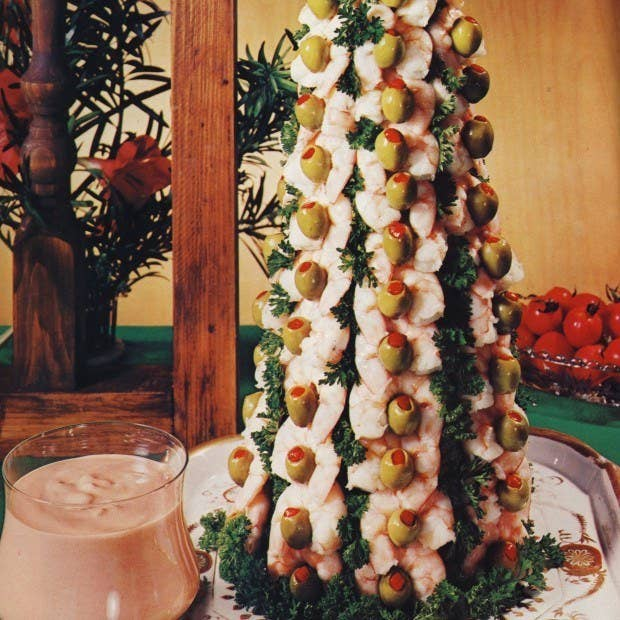 20 truly horrifying vintage holiday recipes the shrimp christmas tree forumfinder Images