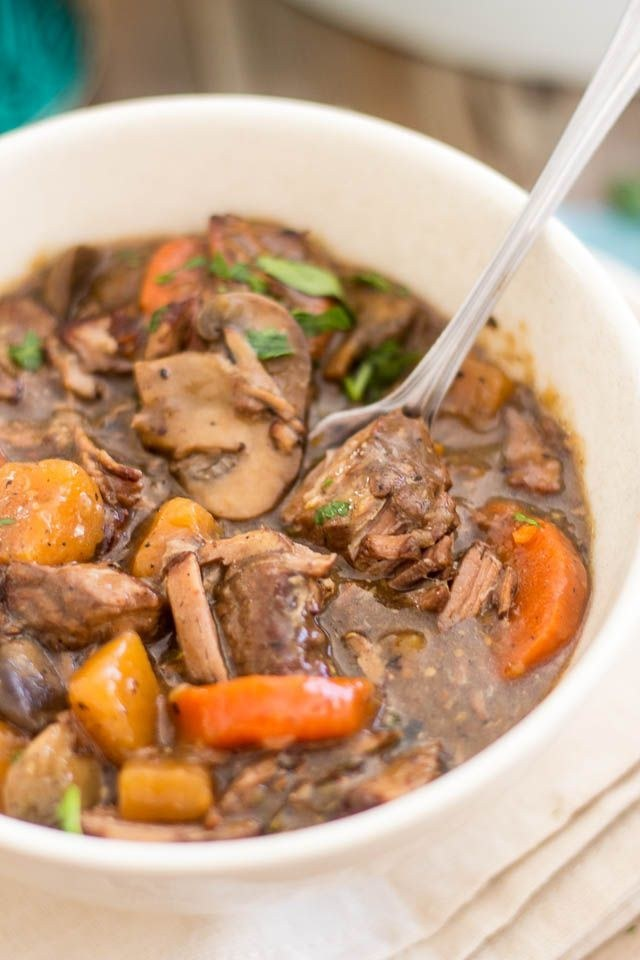 33 Delicious Paleo Recipes To Make In A Slow Cooker