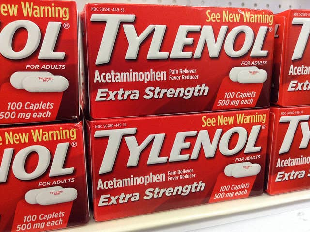 how long after taking tylenol can i drink alcohol