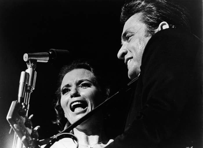 Johnny Cash performs with June Carter Cash, 1979.