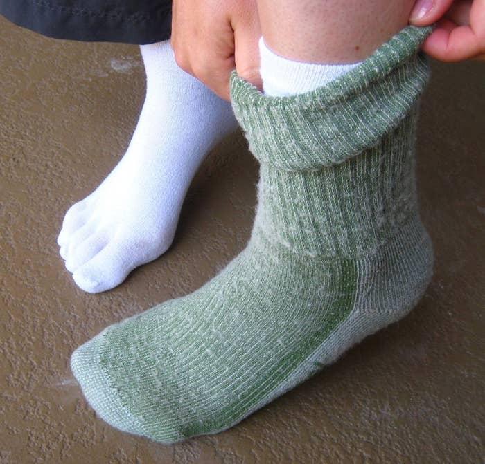 2fbdefac5 16 Genius Ways To Keep Your Feet Toasty, According to Lumberjacks
