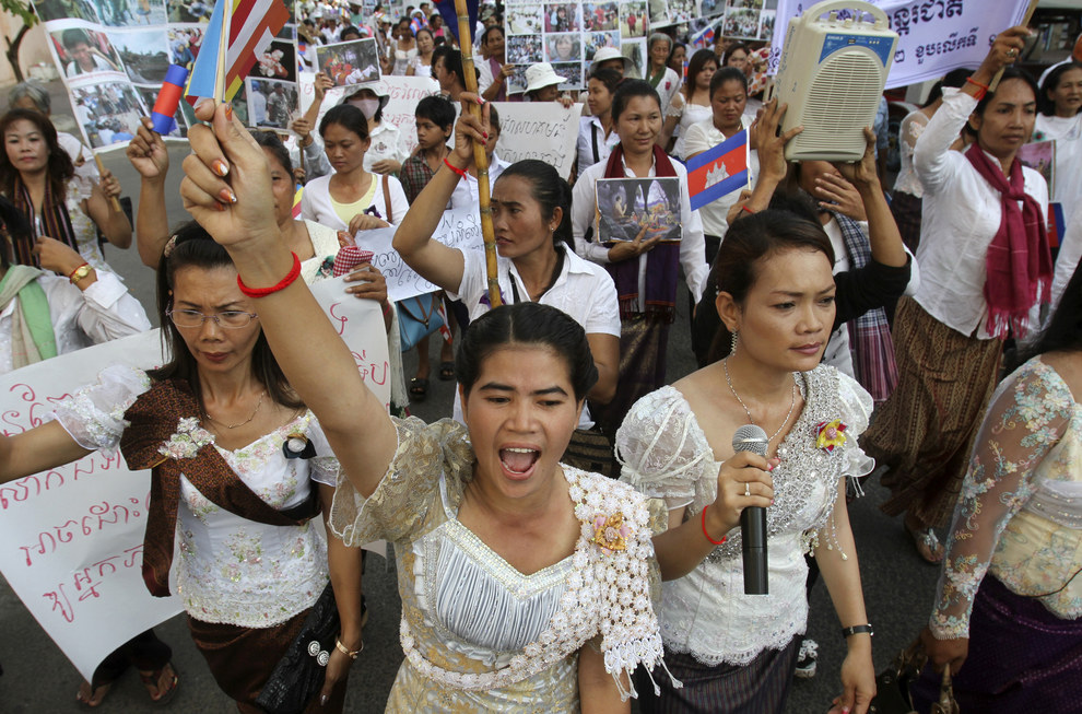 how to solve domestic violence in cambodia Understanding domestic violence in cambodia devon palk during my fi rst trip to cambodia with the mcmaster school, i conducted  domestic violence is a diffi cult problem to solve, mainly.