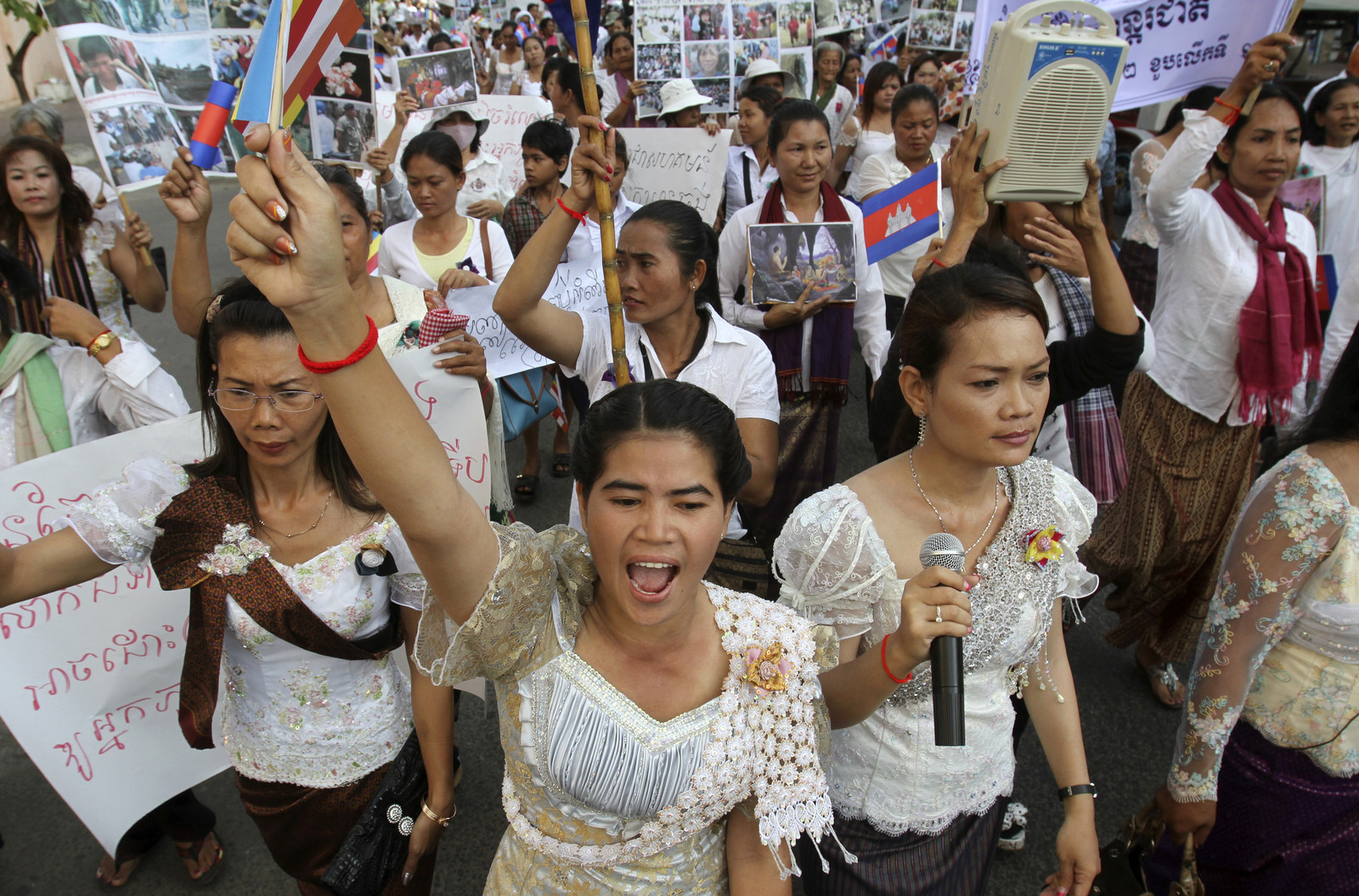domestic violence in cambodia in the present day Alcohol abuse and domestic violence 2  combat sexual violence in conflict and gender-based violence in present-day  cambodia held a launching event for the.