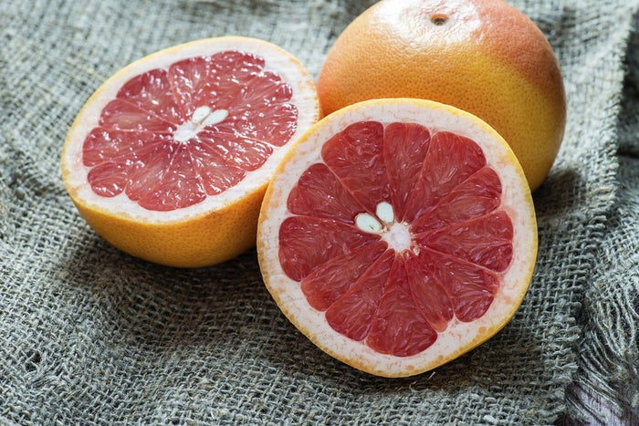 Researchers at Osaka University found that the scent of grapefruit helps speed up metabolism and decrease cravings. Who knew the secret to healthy eating and feeling good could be hidden in a lil' grapefruit?
