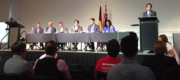 At a state election forum on Wednesday night, a panel of cross-party MPs unanimously supported an apology to the LGBTI community for police activity at the first Mardi Gras in 1978.