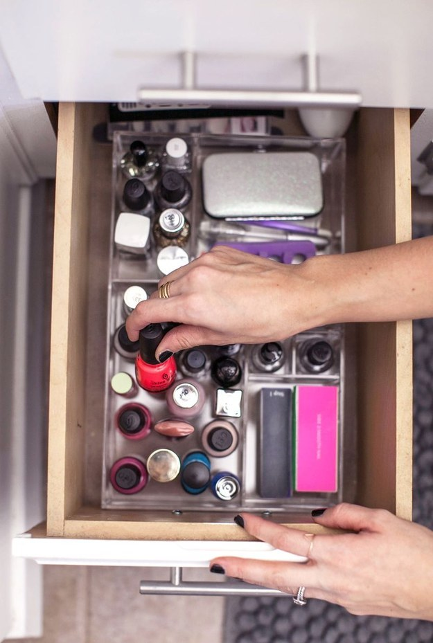 Here's what your bathroom makeup storage could look like, if you finally disposed of all that expired makeup and the products you just don't use.