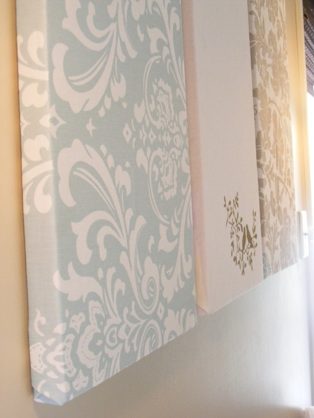 18 simple diy canvas wall hangings to brighten any room - Cloth wall hanging designs ...