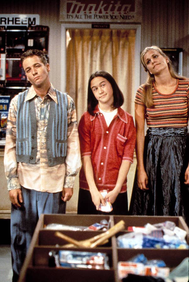 At age 15, JGL became a household name with his most visible role to date: undercover alien, and undersized know-it-all, Tommy Solomon on TV's 3rd Rock from the Sun.