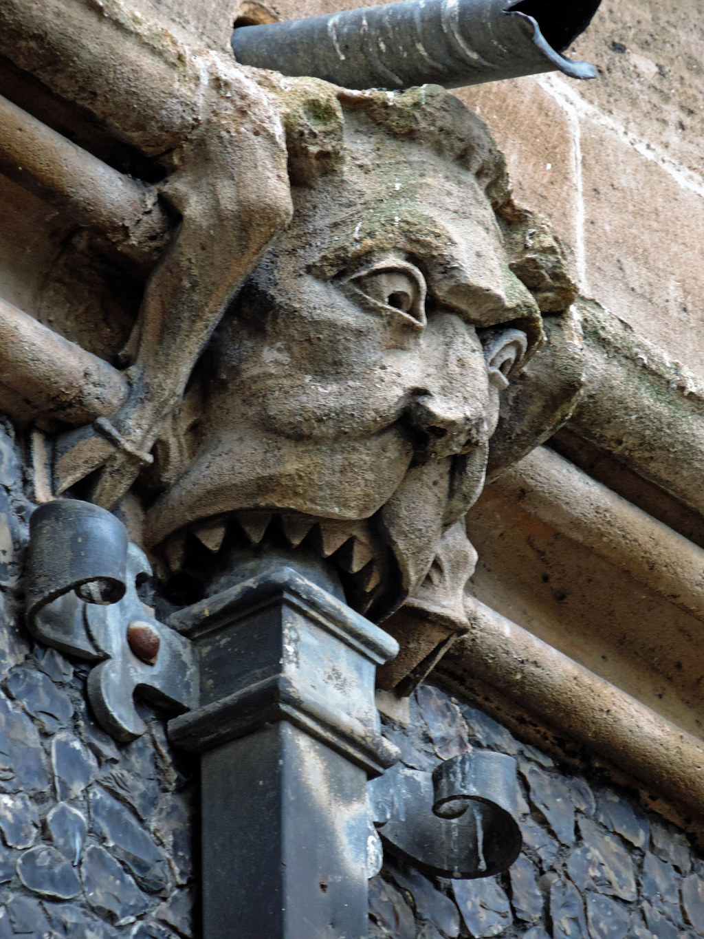26 Gargoyles Who Cannot Even Handle Their Hangovers