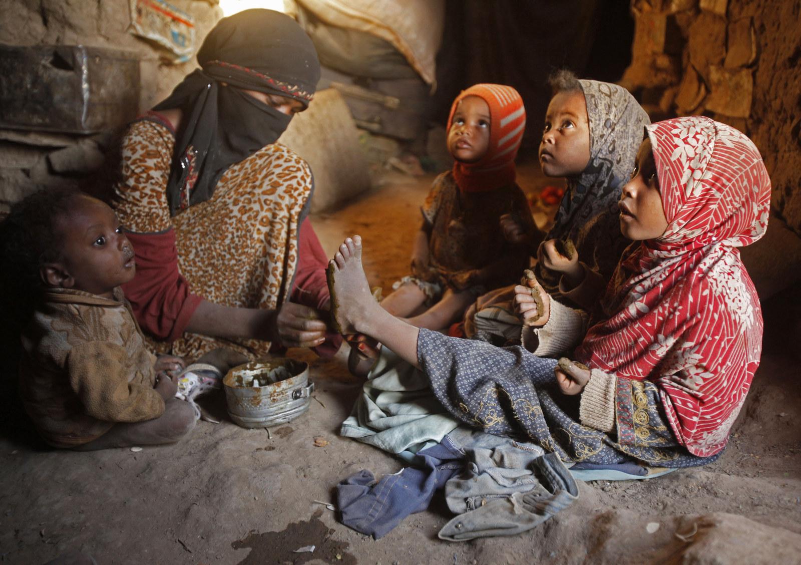 Saudis Warned Over Marrying Unidentified Yemen Women