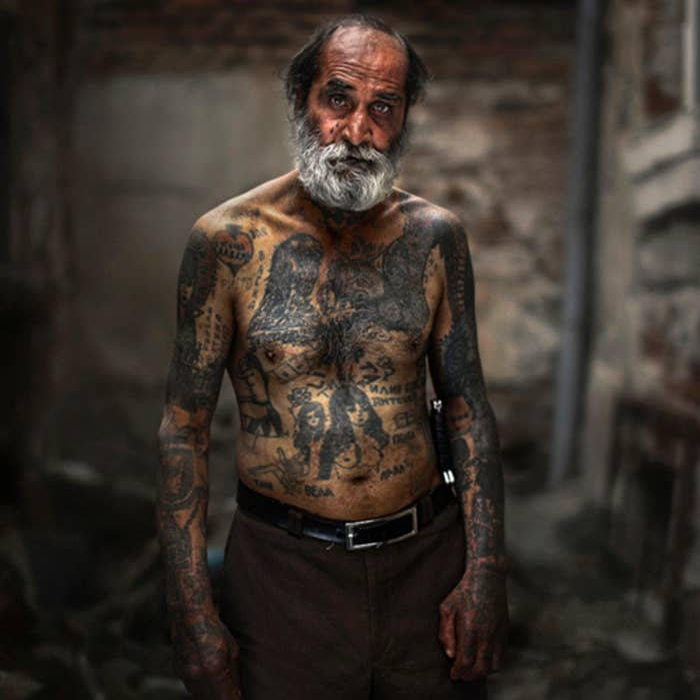 7dfe406f5d568 24 Tattooed Seniors Answer The Question: