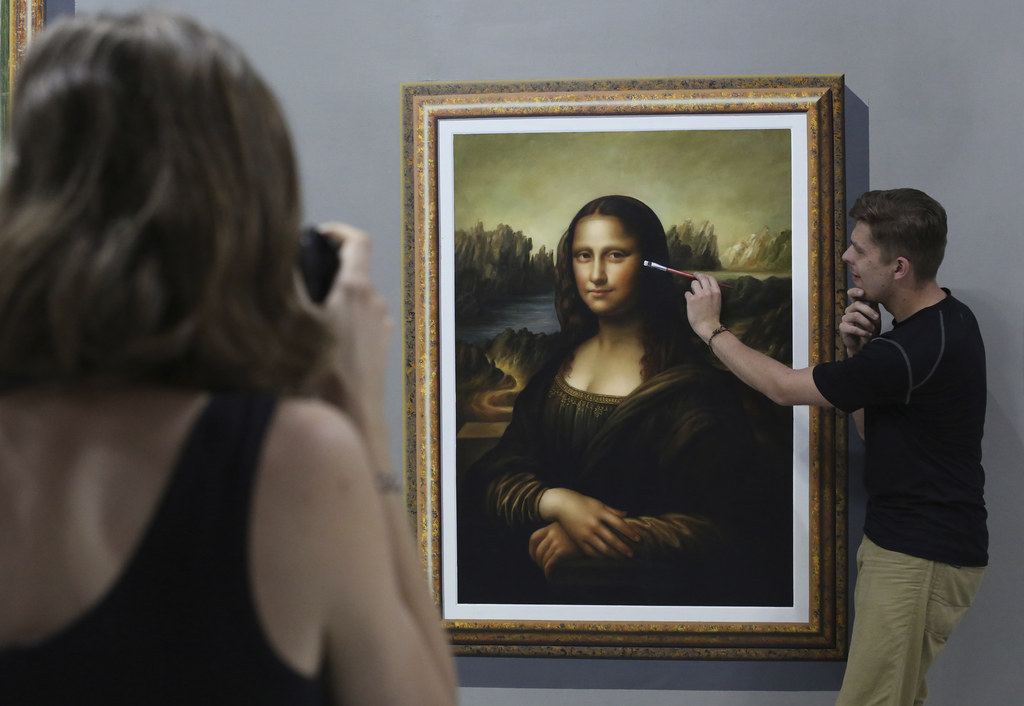 There Is A Museum Specifically Designed For Taking Selfies And Touching The Art