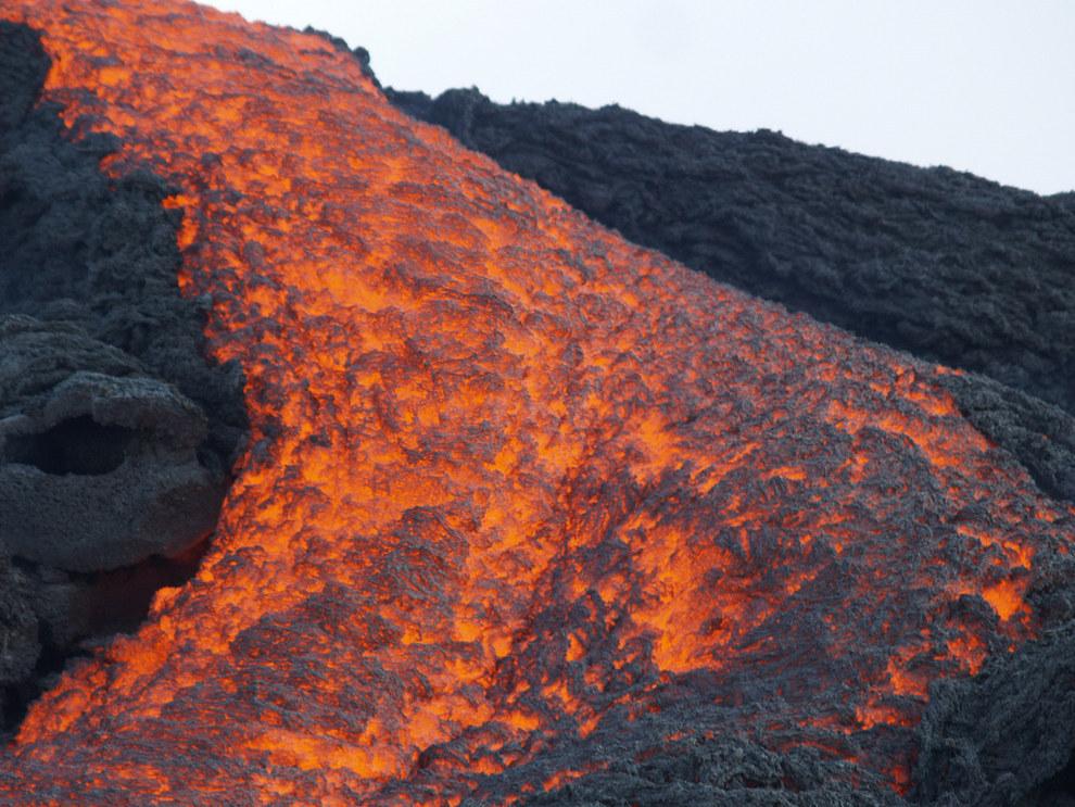 Y a veces logras ver la lava que sale del Pacaya y esto no es nada emocionante.