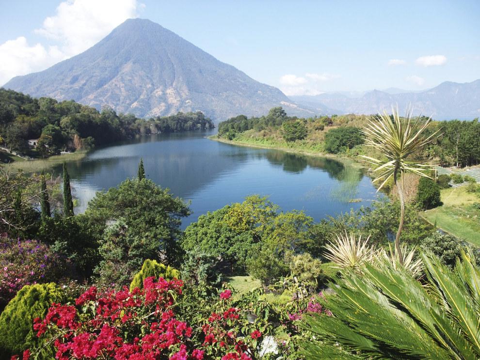 Y la vista del volcán San Pedro te dará ganas de vomitar.