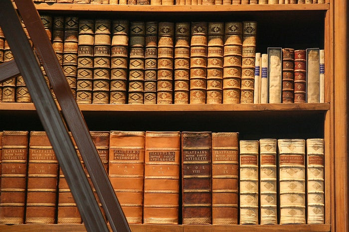 El Quijote se ha traducido a casi 50 idiomas. La primera traducción fue la que realizó al inglés Thomas Shelton en 1612.