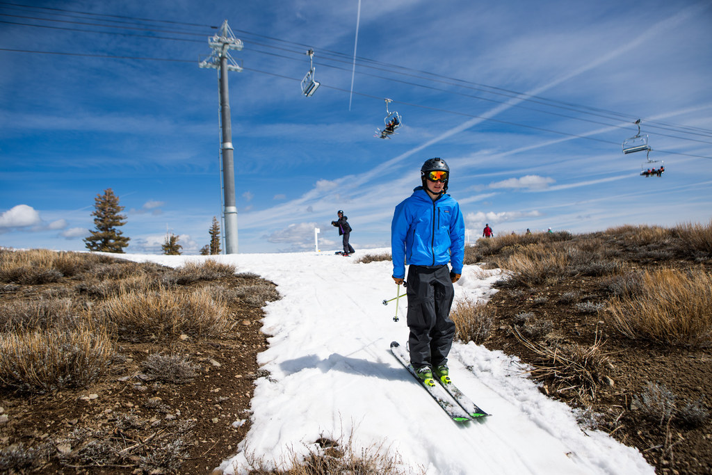 These Depressing Ski Resort Photos Show The Awful Impact Of California's Drought