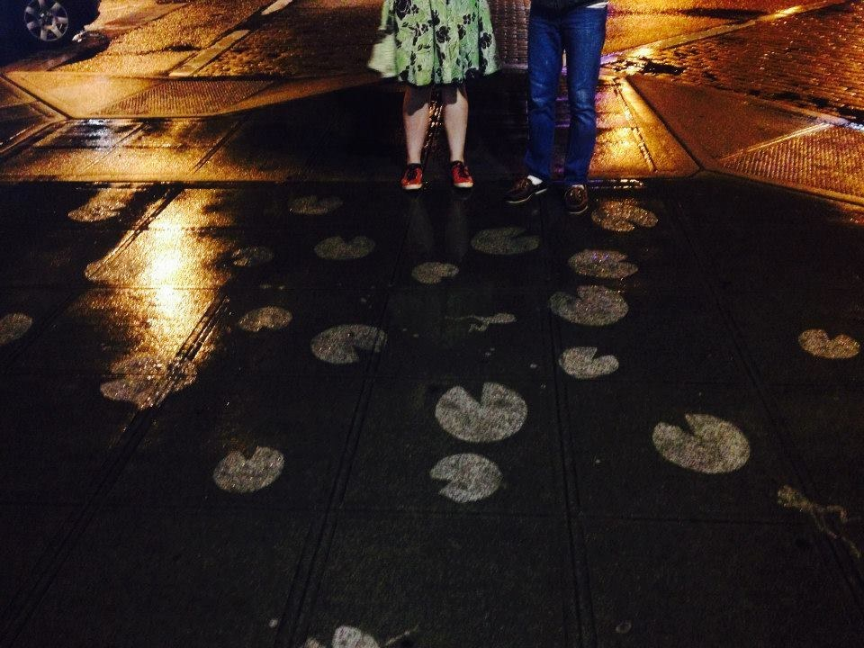 This Guy Makes Insanely Cool Sidewalk Art You Can Only See When It Rains