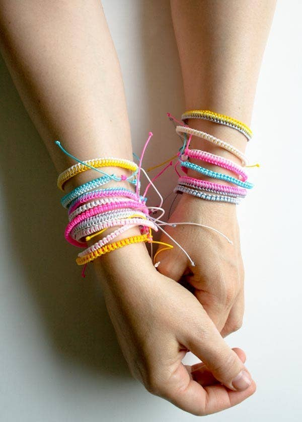 27 DIY Friendship Bracelets You\'ll Actually Want To Wear