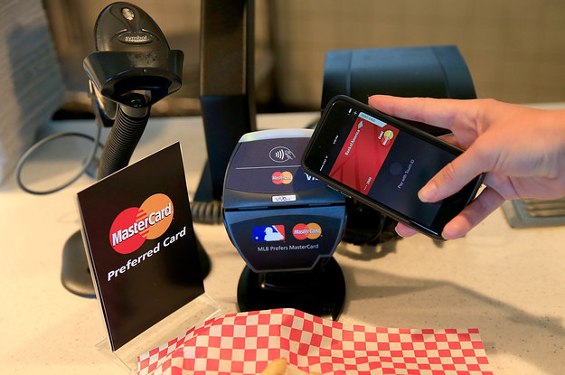 Fed Says 22% Of Cell Phone Owners Made A Mobile Payment In 2014